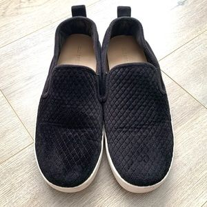 Call it Spring quilted slip on deck shoes 7.5